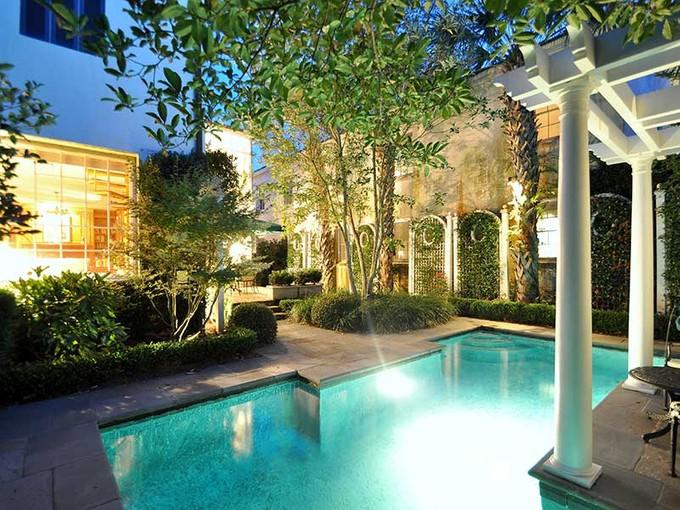 Tek Ailelik Ev for sales at 32 Wentworth 32 Wentworth Street Charleston, South Carolina (Güney Carolina) 29401 Amerika Birleşik Devletleri