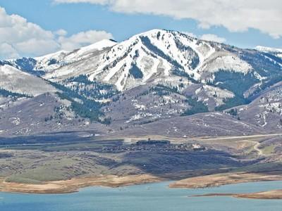 Terrain for sales at Jordanelle Development Parcel Jordanelle Development Piece Heber City, Utah 84032 États-Unis
