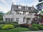 Einfamilienhaus for  sales at Pelham Heights Colonial 302 Cliff Avenue  Pelham, New York 10803 Vereinigte Staaten