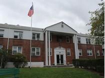 Mietervereinswohnung for sales at Bright & Cozy 12 SOUTH RD, #1J   Harrison, New York 10528 Vereinigte Staaten