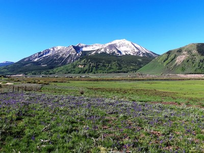 Land for sales at 1099 McCormick Ranch Road  Crested Butte, Colorado 81224 United States