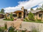 Maison unifamiliale for  sales at 1084 Country Club Estates Dr. 1084 Country Club Estates  Dr.  Castle Pines Village, Castle Rock, Colorado 80108 États-Unis