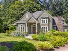 Moradia for sales at Comfortably Elegant Shingled Style 9118 NE Hidden Cove Rd  Bainbridge Island, Washington 98110 Estados Unidos