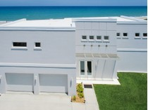 단독 가정 주택 for sales at Custom Built Oceanfront Home 1611 Atlantic Street   Melbourne Beach, 플로리다 32951 미국