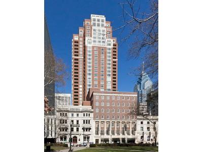 共管物業 for sales at 10 Rittenhouse 130 S. 18th Street Unit 3002 Philadelphia, 賓夕法尼亞州 19103 美國