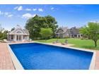 Tek Ailelik Ev for  sales at Premier Nantucket Style Home in Quogue 9 Leaward Lane Quogue, New York 11959 Amerika Birleşik Devletleri