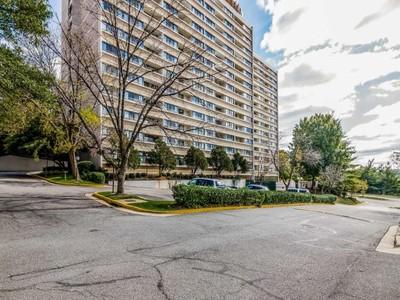 Condominium for sales at Highpointe Condominium 5911 Edsall Rd 609 Alexandria, Virginia 22304 United States