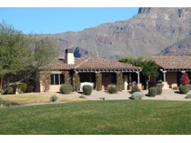 Villa for sales at Amazing Furnished Golf Course Villa in Gold Canyon 7621 E Golden Eagle Circle   Gold Canyon, Arizona 85118 Stati Uniti