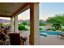 Vivienda unifamiliar for sales at Gorgeous Elevated Custom Home On .62 Acres In Coveted Oro Valley Location 12315 N Copper Spring Trail   Oro Valley, Arizona 85755 Estados Unidos