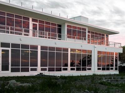 Maison unifamiliale for sales at Coastal Contemporary Awaits Completion 60 Tupelo Road Swampscott, Massachusetts 01907 États-Unis
