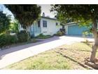 Maison unifamiliale for  sales at 2309 Poinsettia Drive    San Diego, Californie 92106 États-Unis
