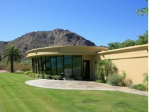 Villa for sales at Fabulous 3 Acre Horse Property in Nauni Valley Ranch with Breathtaking Mtn Views 6112 N Nauni Valley Drive   Paradise Valley, Arizona 85253 Stati Uniti