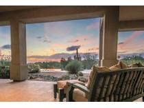独户住宅 for sales at Beautiful Custom Luxury Home On Large Private Lot in North Scottsdale 37958 N Boulder View Drive   Scottsdale, 亚利桑那州 85262 美国
