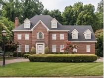 Casa Unifamiliar for sales at 2909 Lake Boone Place    Raleigh, Carolina Del Norte 27608 Estados Unidos