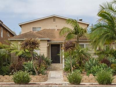 Villa for sales at 4361 Narragansett  San Diego, California 92107 Stati Uniti