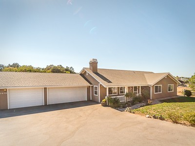 Maison unifamiliale for sales at PRIVATE & PERFECT HORSE RANCHETTE 2850 Ferrocarril Road  Atascadero, Californie 93422 États-Unis