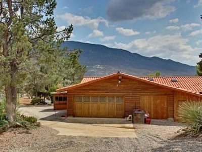 Nhà ở một gia đình for sales at 63320 Pinyon Drive  Mountain Center, California 92561 Hoa Kỳ