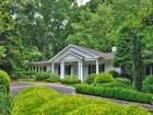 Maison unifamiliale for sales at Fantastic Home With Modern Flair 1641 Mount Paran Road Atlanta, Georgia 30327 États-Unis