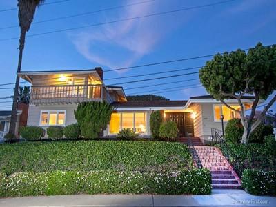 Casa para uma família for sales at 3224 Sterne St  San Diego, Califórnia 92106 Estados Unidos
