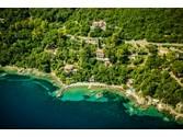 Villa for vendita at Splendida proprietà con spiaggia privata  Marciana Marina,  57033 Italia