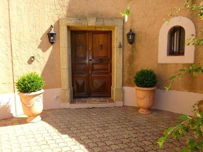 Villa for sales at Aix en Provence 30 minutes. Belle propriété provençale de 400 m² habitables avec  Aix-En-Provence, Provenza-Alpi-Costa Azzurra 13100 Francia