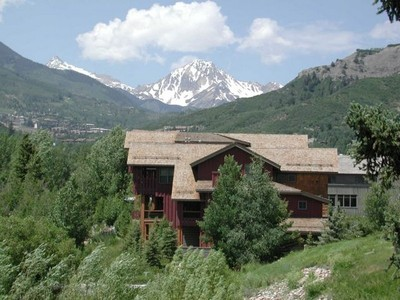部分所有权 for sales at The Sanctuary Penthouse 134 Snowmass Club Circle Unit 160  Snowmass Village, 科罗拉多州 81615 美国