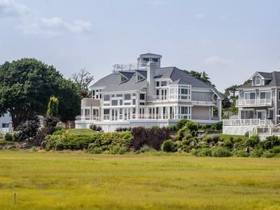 独户住宅 for sales at Phenomenal Long Island Sound Views 41 Mohican Road Westbrook, 康涅狄格州 06498 美国