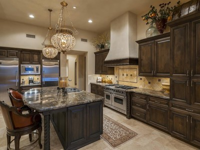 Casa para uma família for sales at Luxury Home in Fabulous Pinnacle Peak Community of Privada 10585 E Crescent Moon Dr #40 Scottsdale, Arizona 85262 Estados Unidos