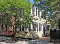 Maison unifamiliale for sales at 22 Savage Street    Charleston, Caroline Du Sud 29401 États-Unis