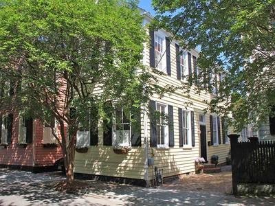 Einfamilienhaus for sales at 22 Savage Street   Charleston, South Carolina 29401 Vereinigte Staaten