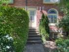 Casa para uma família for sales at Historic Home in Cabbagetown 36 Geneva Avenue Toronto, Ontario M5A2J8 Canadá