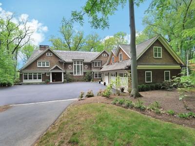 Casa para uma família for sales at Beautiful Custom Colonial 203 Blue Mill Road New Vernon, Nova Jersey 07976 Estados Unidos