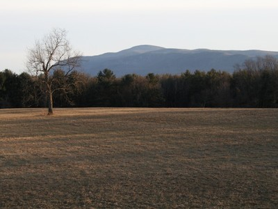 Terreno for sales at Beautiful 111-Acre Rural Land Parcel with views 0 Hickory Hill Road Egremont, Massachusetts 01230 Estados Unidos