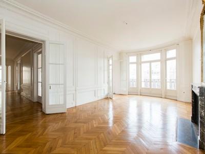 Einfamilienhaus for sales at Invalides 3e et PCo  Paris, Paris 75007 Frankreich