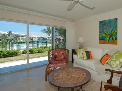 共管式独立产权公寓 for sales at Waterfront Condominium at Ocean Reef 56 Anchor Drive Unit A  Key Largo, 佛罗里达州 33037 美国