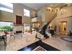 Casa para uma família for sales at Urban Elegance Exudes Throughout This Gorgeous Remodeled Home In Gainey Village 7378 E Del Acero Drive  Scottsdale, Arizona 85258 Estados Unidos