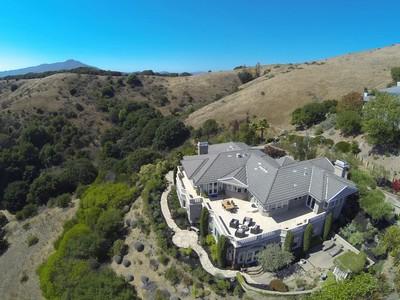 Single Family Home for  at Tiburon Dreams Do Come True 6 Midden Lane Tiburon, California 94920 United States