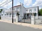 Nhà ở một gia đình for  sales at Colonial 335 Rice Ave.   Revere, Massachusetts 02151 Hoa Kỳ