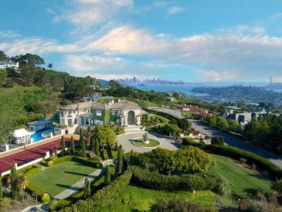 Single Family Home for  at Stunning Tiburon Estate 185 Gilmartin Drive Tiburon, California 94920 United States