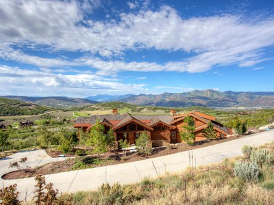 Nhà ở một gia đình for sales at Expansive Views of Deer Valley, Tuhaye's Private Golf Course and Mt. Timpanogas 2910 Ridgeway Dr Heber, Utah 84032 Hoa Kỳ