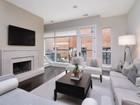 共管物業 for sales at Sensationally Designed Home On Lincoln Park's Best New Street 2748 N Lakewood Unit 2 Chicago, 伊利諾斯州 60614 美國