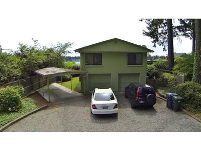 Maison unifamiliale for sales at American Lake 12819 Avenue DuBois Lakewood, Washington 98498 États-Unis