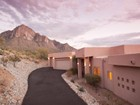 Einfamilienhaus for sales at Views & Location in La Reserve Guard Gated Community 10315 N Cliff Dweller Place Oro Valley, Arizona 85737 Vereinigte Staaten