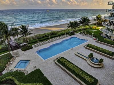 Condomínio for sales at 1063 Hillsboro Mile #807  Pompano Beach, Florida 33062 Estados Unidos