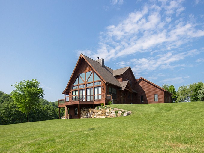 Einfamilienhaus for sales at 17 Halterman Rd.  Granville, New York 12832 United States
