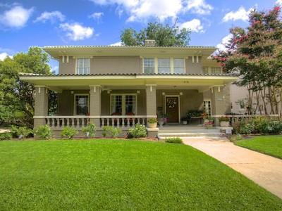 獨棟家庭住宅 for sales at 1418 Elizabeth Blvd  Fort Worth, 德克薩斯州 76110 美國