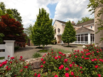 Casa para uma família for sales at Upper Makefield Twp., PA 1032 Creamery Road Newtown, Pensilvânia 18940 Estados Unidos