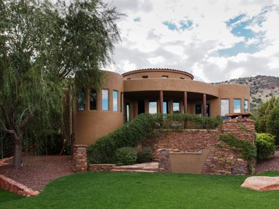 Nhà ở một gia đình for sales at Delightful Tuscan Style Sedona Home 35 Mystic Mountain Way  Sedona, Arizona 86351 Hoa Kỳ