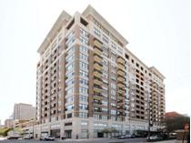 Кооперативная квартира for sales at Stunning Three Bedroom Corner Unit 849 N Franklin Street Unit 618   Chicago, Иллинойс 60610 Соединенные Штаты