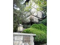 共管式独立产权公寓 for sales at Hudson River Views, 3 Private Terraces At This Townhouse In Tarrytown 83 Main Sreet, D1   Tarrytown, 纽约州 10591 美国